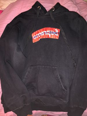 Supreme hoodie for Sale in North Springfield, VA