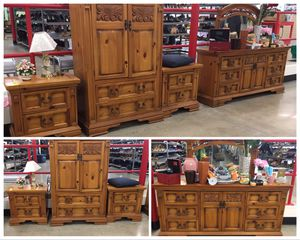 Rustic pine bedroom set for Sale in Ontario, CA