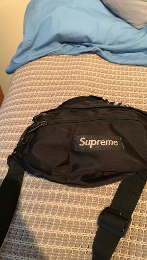 Supreme fanny pack I'll like to trade I got it off stock x for Sale in Gresham, OR