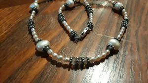 Absolutely Gorgeous Sterling Silver 925 Genuine pearl necklace. for Sale in New York, NY