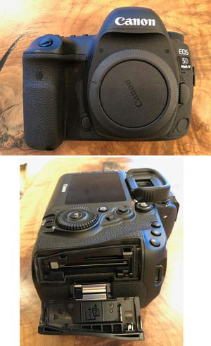 Canon EOS 5D Mark IV 30.4 MP Digital SLR (Touch Screen) - Contact : dirkysassi68 @ G M A I L for Sale in Boston, MA