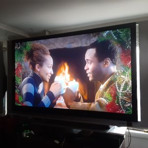 Sony 70inches 1080i DLP TV With Remote Control And 3 HDMI ports for Sale in Arlington, VA