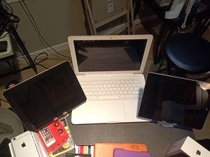 MacBook/iPads Bundle for Sale in Midlothian, VA
