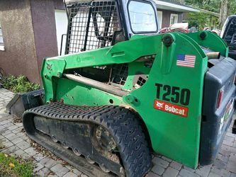 Bobcat t250, just less than 4k hours 2008 for Sale in Orlando,  FL