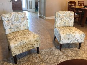 2 accent chairs for Sale in Winter Haven, FL