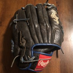 Rawling Baseball Glove Leftie for Sale in Pasadena,  TX