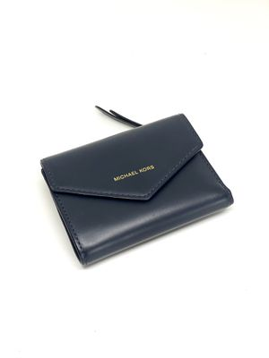 MICHAEL KORS SMALL LEATHER ENVELOPE TRIFOLD WALLET for Sale in Orlando, FL