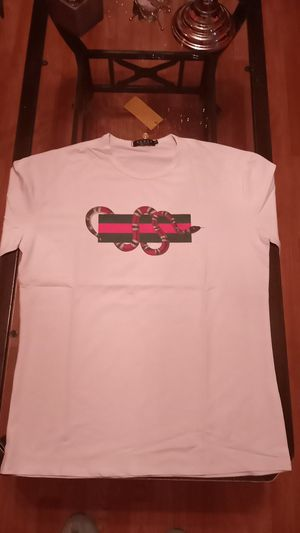Gucci shirt size 2xL for Sale in Philadelphia, PA