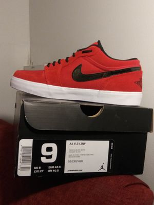 """""""Pimento""""Red/Black/White Air Jordans V.2 Low for Sale in Pittsburgh, PA"""