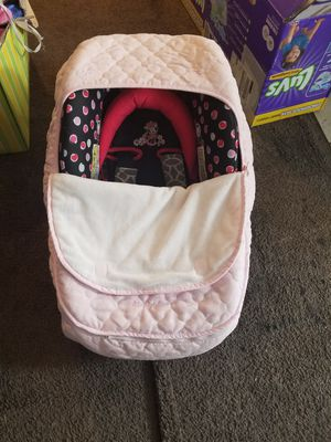 Fleece Light Pink car seat cover [ONLY COVER] for Sale in Kennewick, WA