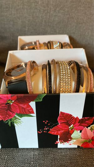 Black & Rose Gold holographic watch and bracelet set $12 per set for Sale in Miami, FL