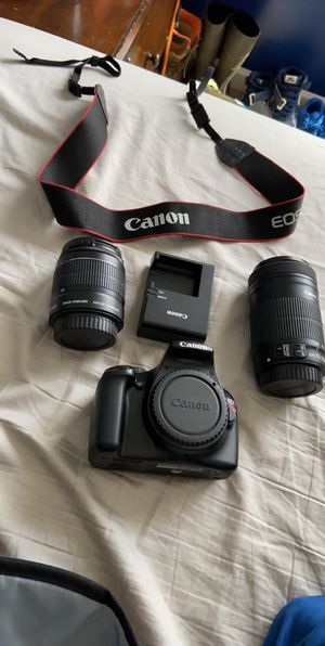 Canon rebel t3 for Sale in Archdale, NC