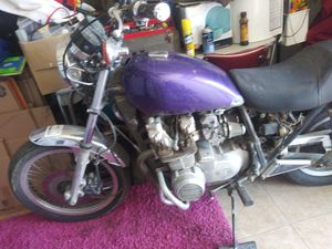 1970s Kawasaki Motorcycle KW650 ( Runs ) for Sale in Las Vegas, NV