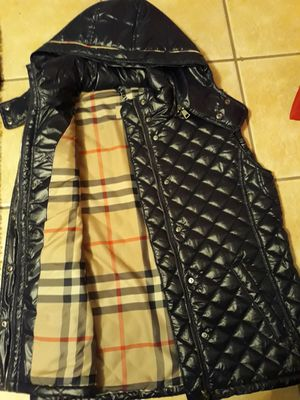 Authentic Burberry women's vest size Xl new for Sale in Hickory Hills, IL