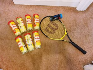 Wilson racquets sports energy xl 2 and tennis ball for Sale in Columbus, OH