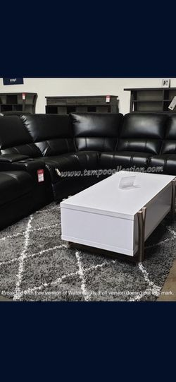 New Sectional Couch Recliner ,USB, for Sale in Los Angeles,  CA