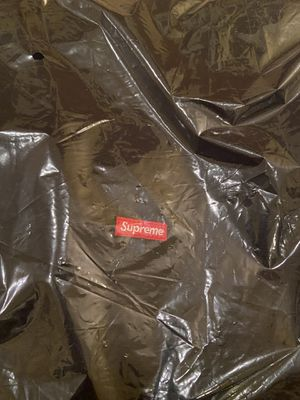 supreme small box logo hoodie size large for Sale in Chino Hills, CA