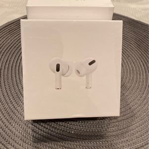 Air Pods Pro for Sale in Simi Valley, CA