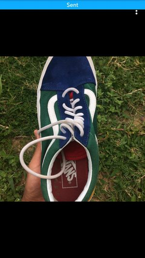 Old skool vans with box size 9 for Sale in Lake Wales, FL