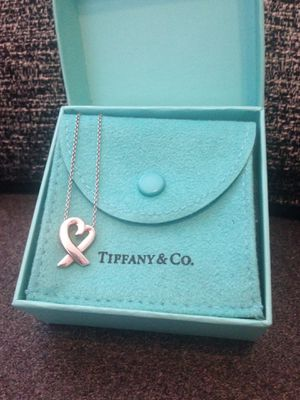 Tiffany & Co. sterling silver Paloma Picasso loving heart necklace for Sale in Nashville, TN