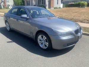 2010 bmw 528i X drive all wheel drive for Sale in East Hartford, CT