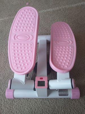 Sunny Health Fitness P8000 Pink Adjustable Twist Stepper Step Machine for Sale in Kenmore, WA