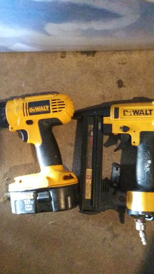 Dewalt tools n air ratchet for Sale in Fresno, CA