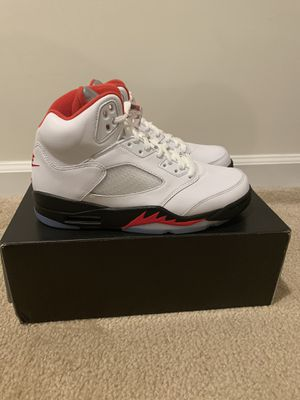 Jordan 5 Fire Red Silver Tongue Size 7.5, and 8 for Sale in Jessup, MD