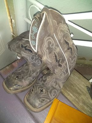 Womens cowboy boots for Sale in Wichita, KS