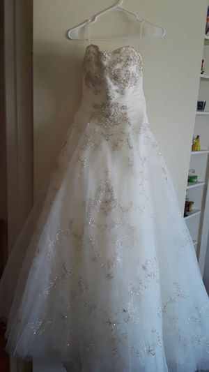 Wedding dress for Sale in Cupertino, CA