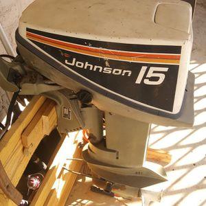 Johnson 15hp W/Tiller Arm for Sale in Gilbert, AZ