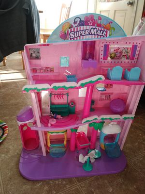 Shopkins super mall for Sale in Lakewood, CA
