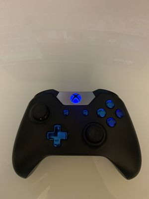 Xbox one controller BLUE for Sale in Bakersfield, CA