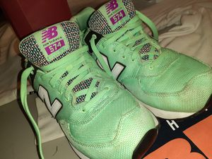 New Balance iconic Classic 574 Womens 11 for Sale in Denver, CO