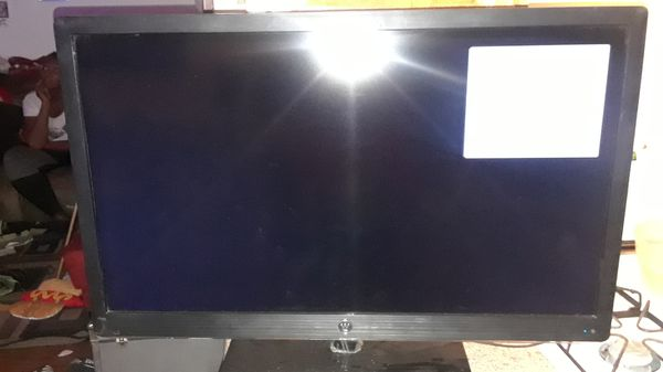 32 inch led tv excellent condition no remote