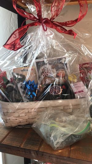Beautiful gift baskets for Sale in Rialto, CA