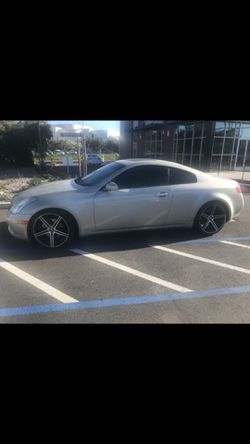 Infinity G35 rims and tires, staggered wide in back thinner up front, 4 all in good shape for Sale in Sacramento,  CA