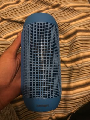 Bluetooth speaker for Sale in The Bronx, NY
