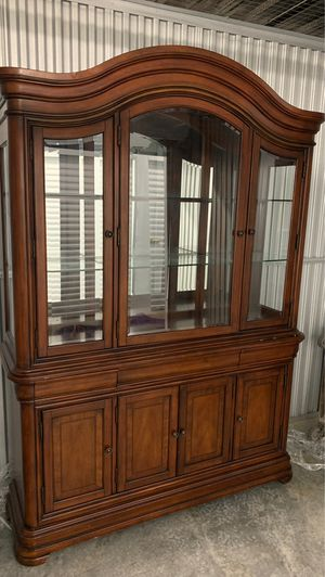 China cabinets for Sale in Mount Rainier, MD