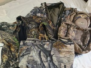 Browning XPO 2n1 coat L. fleece jacket,Pants L hat and backpack for Sale in Oklahoma City, OK