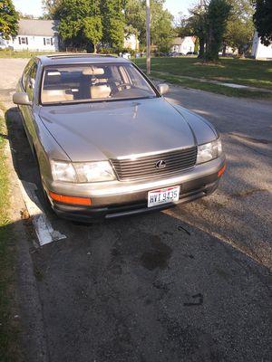Lexus Ls 400 1996 for Sale in Columbus, OH
