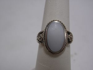 925 Sterling silver Oval moonStone Ring size 7 for Sale in Lawndale, CA