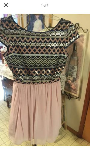 """Designer misses couture style Party """"! Dress sequin top flared bottom zip back pristine size12 I ship for Sale in Northfield, OH"""