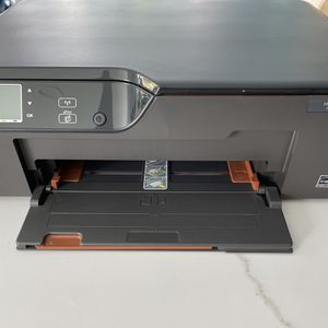 HP Deskjet 3522e–All-In-One Print Copy Scan Inkjet Printer for Sale in Fort Lauderdale, FL