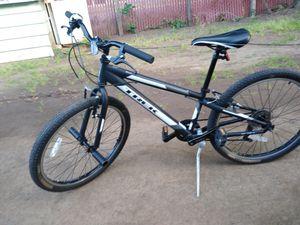 Trek Mt 200 kids bike for Sale in Vancouver, WA