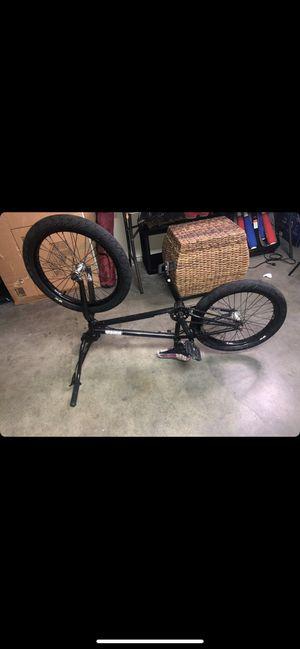 20 inch bike/subrosa for Sale in Ramona, CA