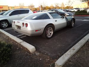 1996 Corvette, Chevy. Only 88,000 miles on it. Very fast and reliable car ,no oil leak s motor is great. $3500 or best offre for Sale in Costa Mesa, CA