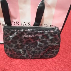 Change purse Victoria's secret for Sale in Fresno, CA