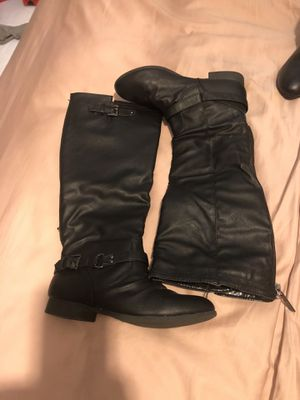 Women's riding boots size 6 1/2 for Sale in Fresno, CA