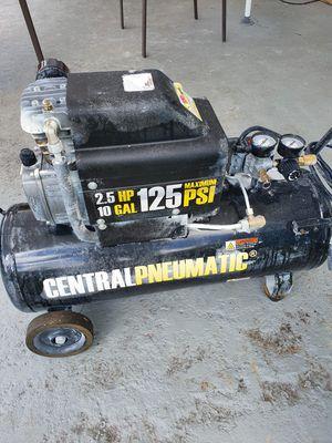 Compressor 2.5 hp for Sale in Miami, FL